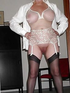 Adored mature cougar taking off her dress