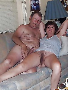 Nasty older mom posing naked