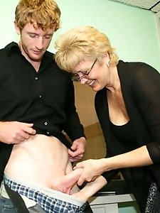 Mad older milf get ready for sex
