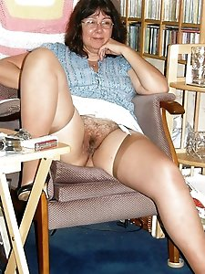French milf cheating like a pro
